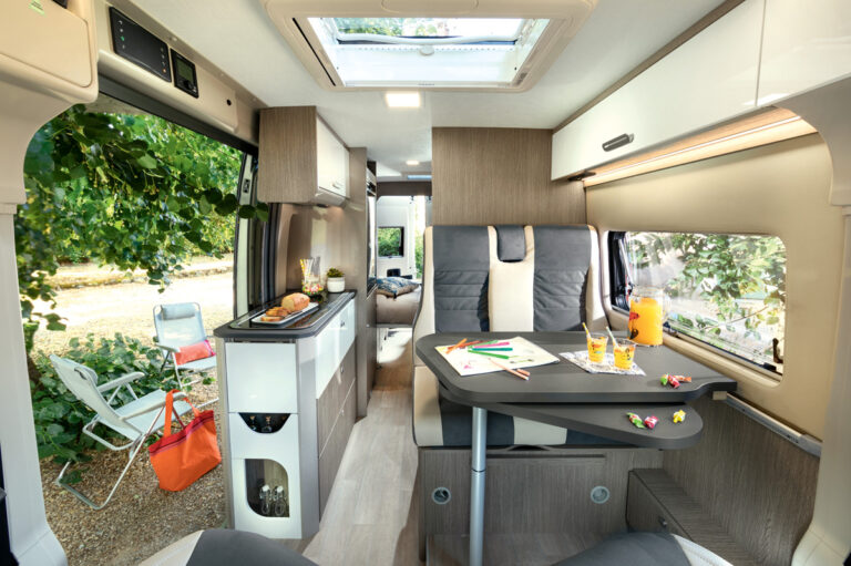 Chausson binnenkant | Camper Deluxe